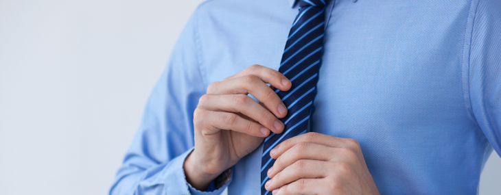 ¿Crees que es mejor ir a una entrevista de corbata?