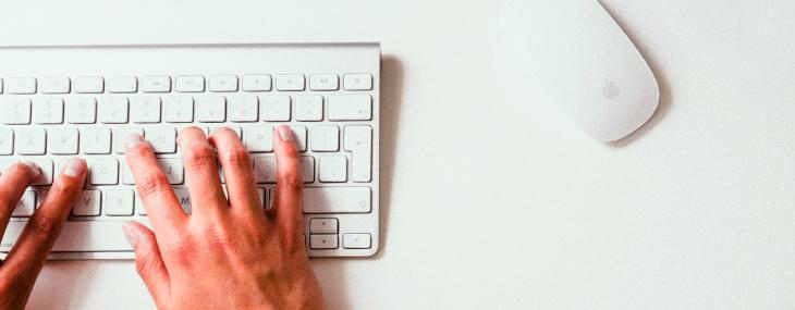 ¿Por qué tener la hoja de vida registrada en las plataformas digitales?